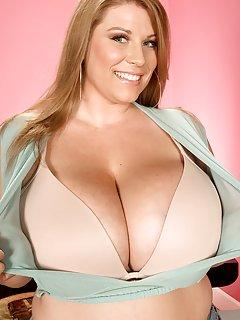 Mature Big Tits Mature Pictures