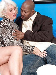 Mature Nude Granny Pictures